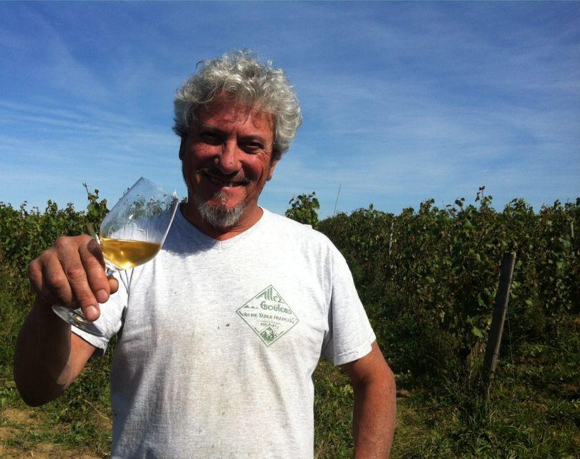 Le viticulteur Dominique Derain
