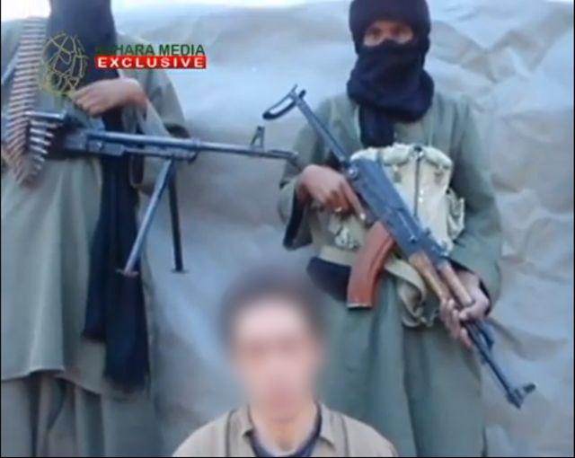 Les quatre otages apparaissent séparément sur la vidéo