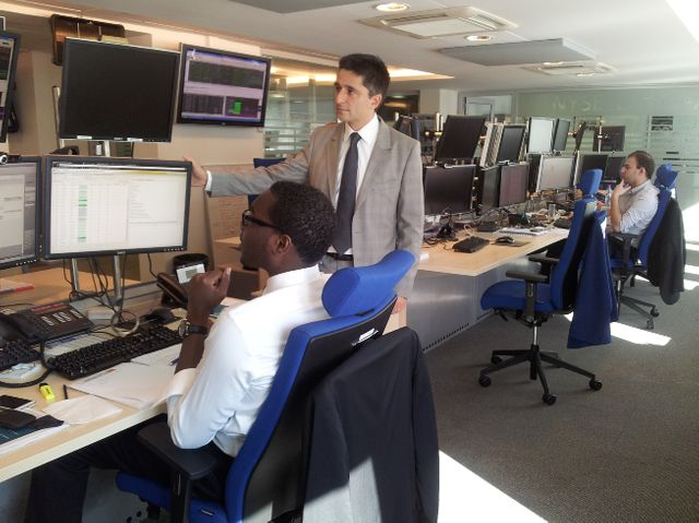 Fabrice peresse, directeur des opérations chez NYSE Euronext à Paris. Rue Cambon, une cinquantaine de personnes surveillent les