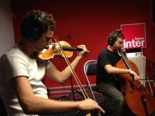 Thomas Kretzschmar au violon et Auguste Harlé au violoncelle