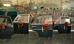 Wolf Vostell, 1975, Fandango, 40 portières et peintures