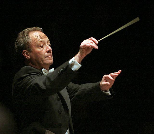 Emmanuel Krivine, chef d'orchestre