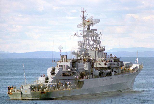 Soviet Krivak I class frigate DRUZHNY