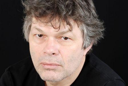 """Pierre Jourde auteur """"Pour le marmché de l'absolu"""" (Gallimard)"""