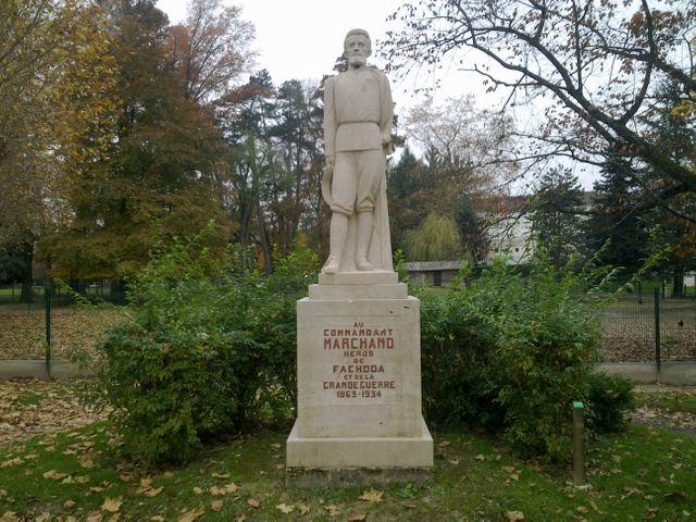 Statue du Général Marchand