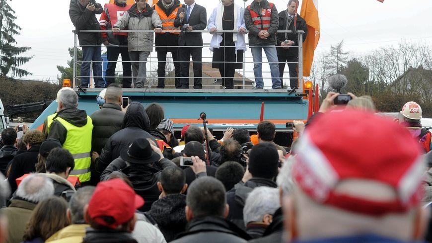 François Hollande avec les salariés d'ArcelorMittal - 24/02/12 Florange