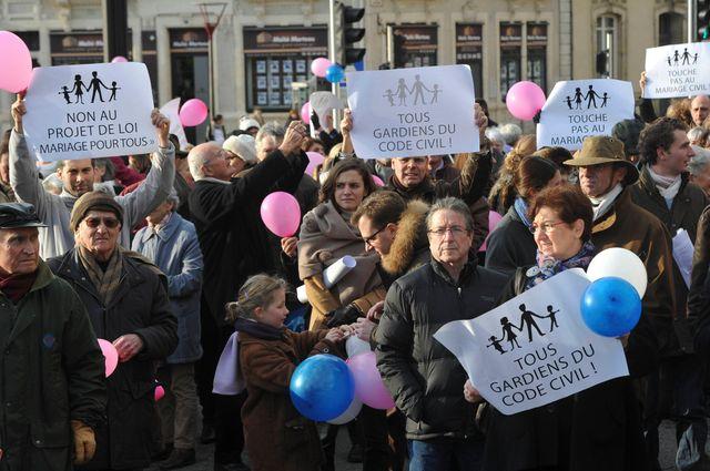 """Manifestation contre le """"Mariage pour tous"""" au Mans"""