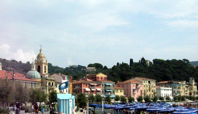 Le village de San Terenzo, près de La Spezia
