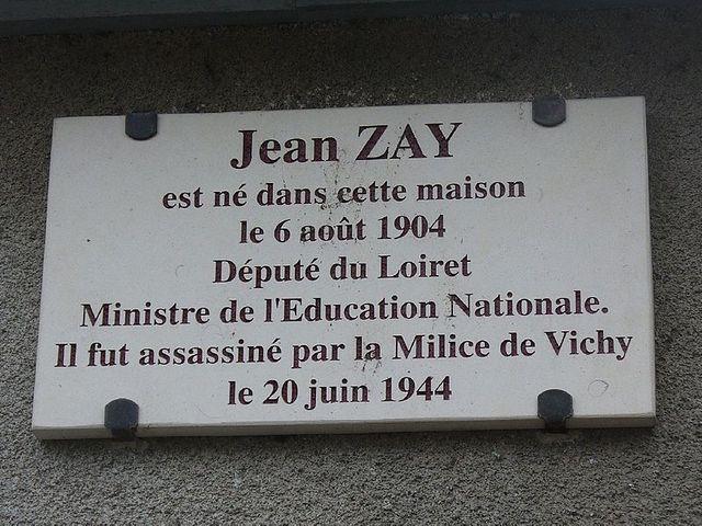 Plaque commémorative sur la maison natale de Jean Zay à Orléans