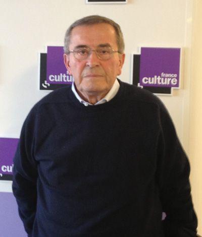 Paul Larivaille