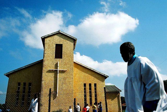 Eglise évangélique (mai 2003)