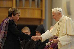 Benoît XVI et Julia Kristeva, Assise, 27/10/2011