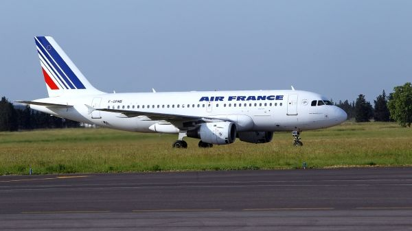Avion d'Air France sur le tarmac de Montpellier