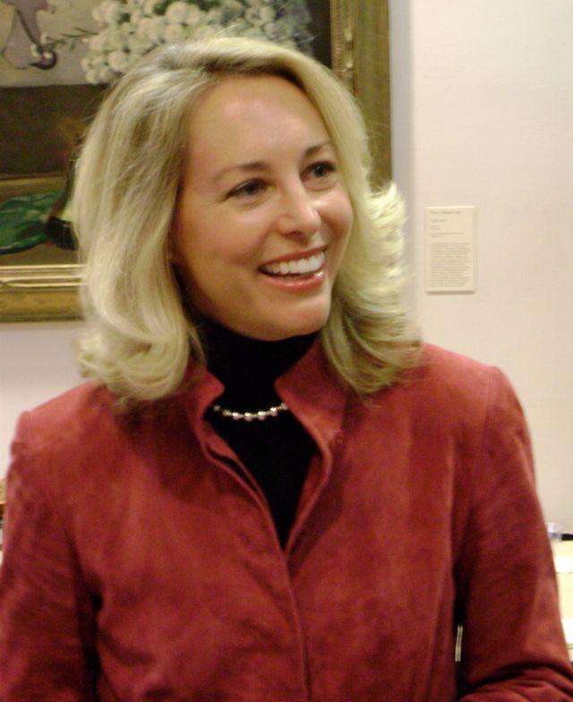 Valerie Plame, mariée à Joe Wilson, employée à la CIA dont les activités furent dévoilées dans la presse en juillet 2003
