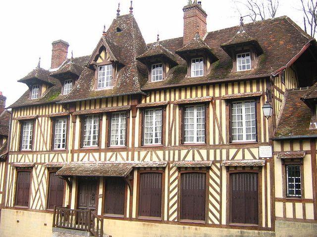 Maison typiques -Lyons-la-Forêt (Eure)
