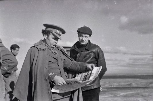 Robert Capa, Le général Enrique Líster et André Malraux (à droite), front catalan, fin décembre 1938 – début janvier 1939