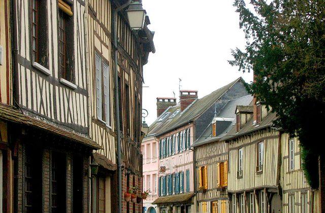 Rue - Lyons-La-Forêt (Eure)