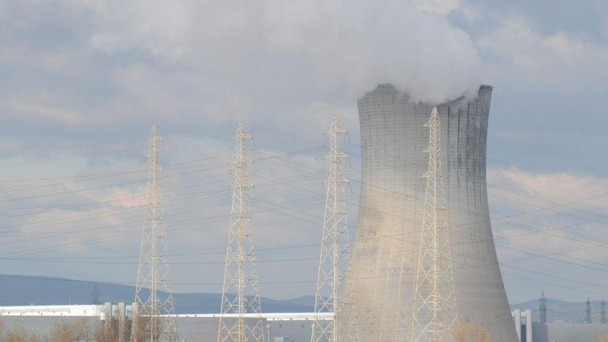 La centrale nucléaire du Tricastin dans le Sud Drôme
