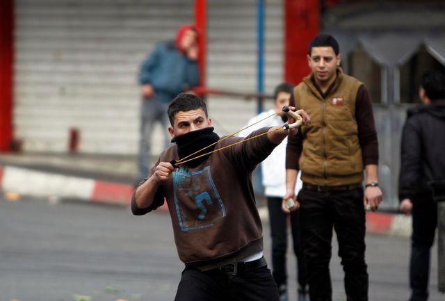 Le plus souvent, il s'agit de garçons palestiniens arrêtés pour jets de pierres