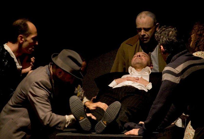 Acteurs de la troupe In-Stabile