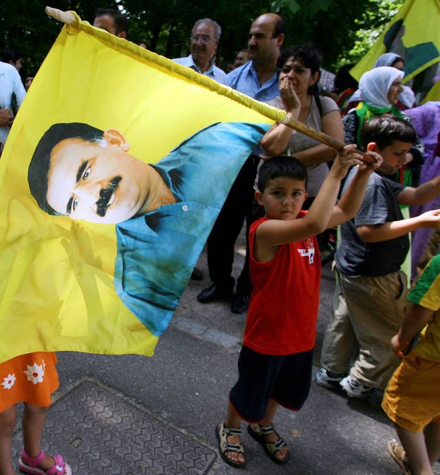 Manifestants kurdes en faveur de Abdullah Öcalan