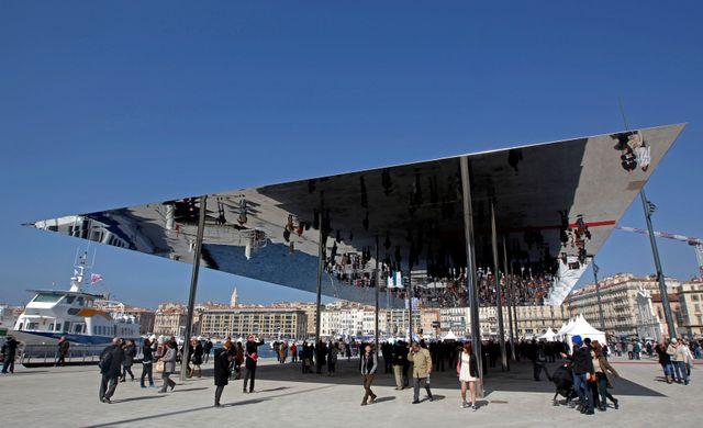 """Le nouveau """"Vieux-Port de Marseille et son ombrière"""
