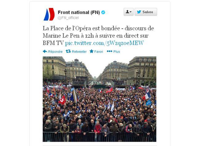 Place de l'Opéra, les militants attendent le discours de Marine Le Pen