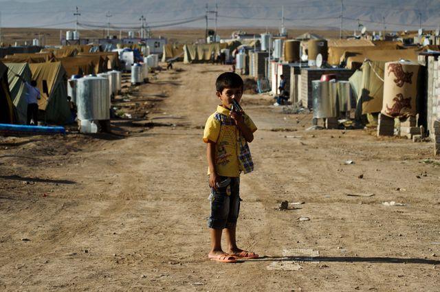 Un enfant de refugies kurdes de Syrie au camp de Domiz