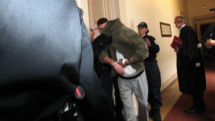 Affaire Alexandre : Claude Ducos au tribunal de Pau le 23 Avril 2013