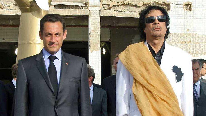 Nicolas Sarkozy et le colonel Kadhafi