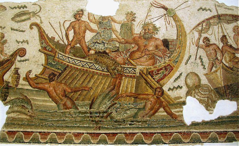Dionysos lutte contre des créatures marines et des pirates. Mosaïque du musée national du Bardo à Tunis.