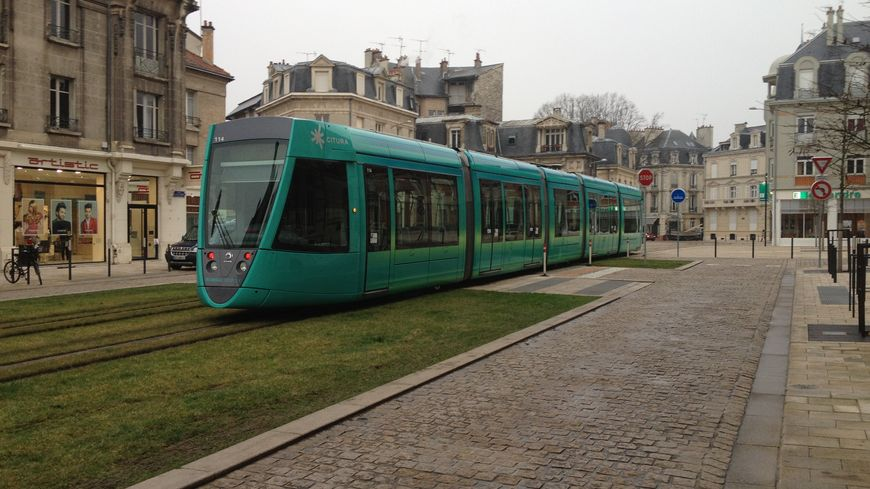 Le tramway de Reims vient de fêter ses deux ans