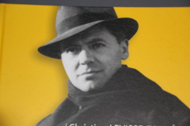 Couverture Livre - Jean Moulin