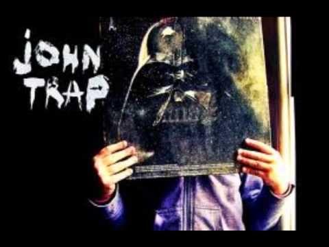 """John Trap, album """"1983"""" chez """"l'Eglise de la petite folie"""""""