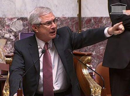 Claude Bartolone face aux opposants
