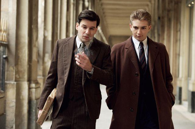 Eric Caravaca et Jules Sadoughi alias Jean Moulin et Daniel Cordier dans le téléfilm Alias Caracalla