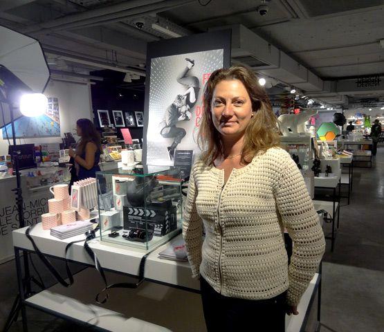 Lorraine Dauchez, fondatrice d'Arteum, dans une de ses boutiques