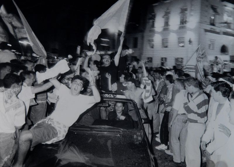 OM 1993 - Les klaxons marseillais retentiront tard dans la nuit