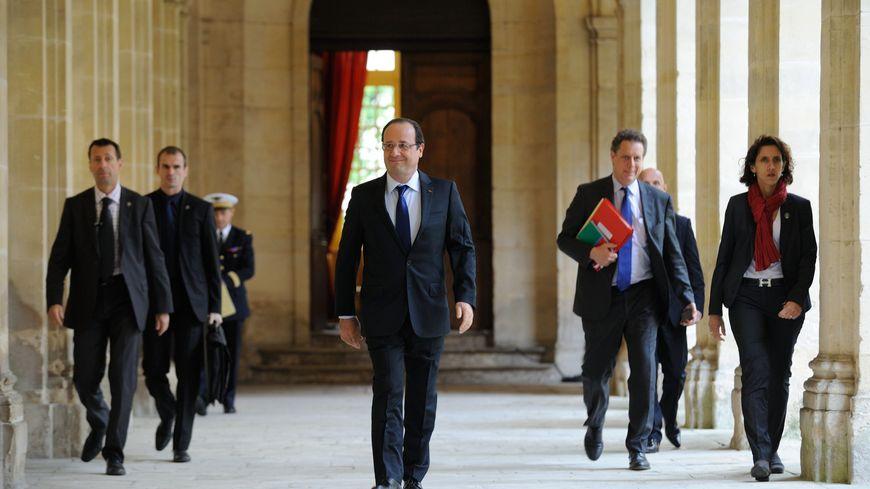 François Hollande à l'hôtel de ville de Caen