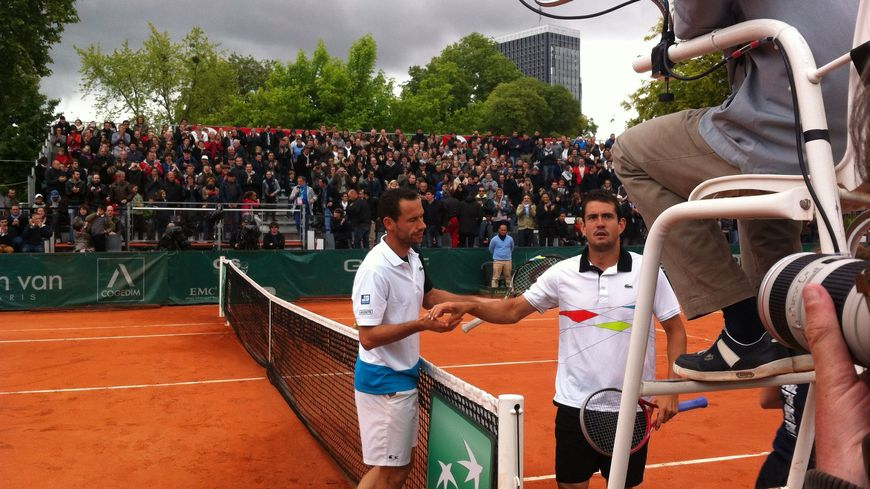 Michael Llodra a battu Guillermo Garcia-Lopez en trois sets