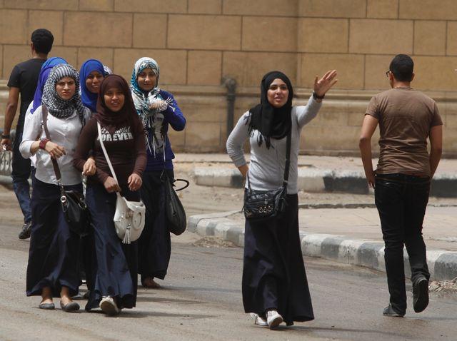 écolières au Caire en Egypte