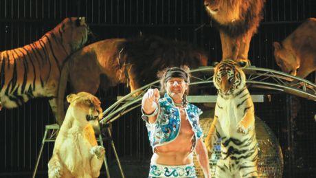 PHOTOS - Quand le cirque Pinder plante son chapiteau