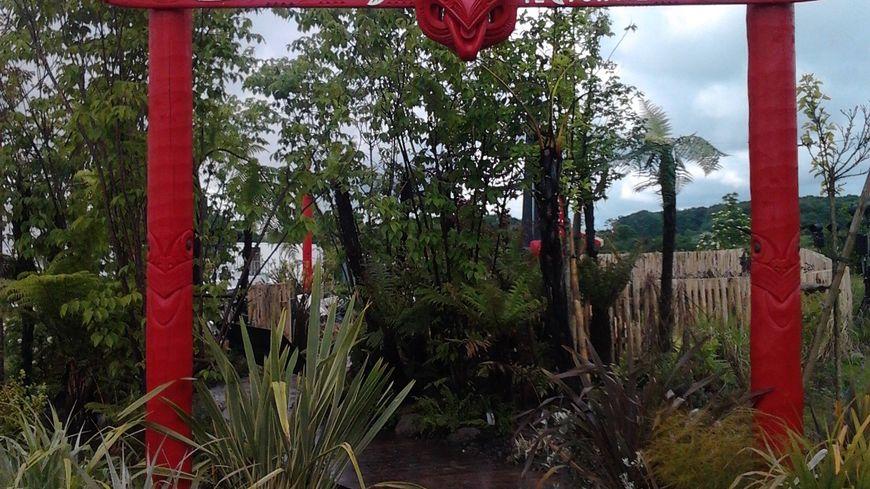 """""""Te Putake"""" ( racine en maori), c'est le nom du jardin aménagé à Laquenexy"""
