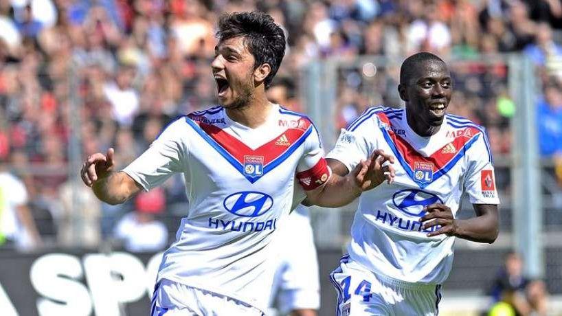 Clément Grenier, auteur d'un coup franc magnifique qui assure à Lyon de jouer la C1