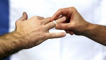 une 40aine de couple homo se sont unis à Bordeaux depuis 8 mois