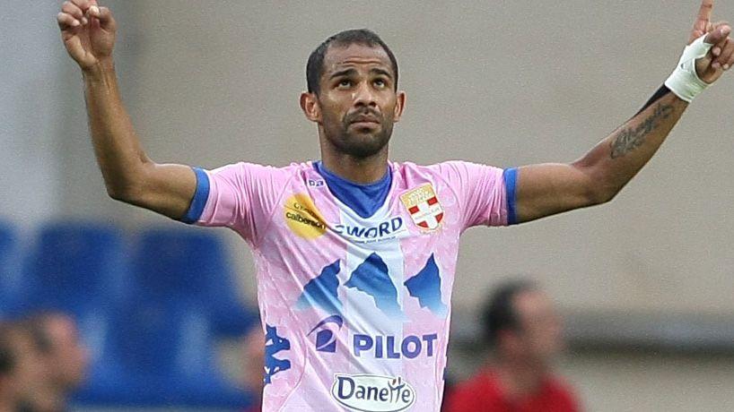 Le buteur Saber Khlifa trouvera-t-il la lumière au Stade de France ?