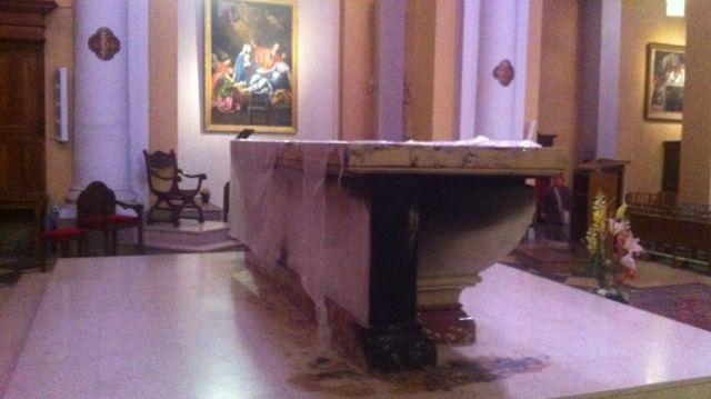 L'autel incendié Valence église saint jean