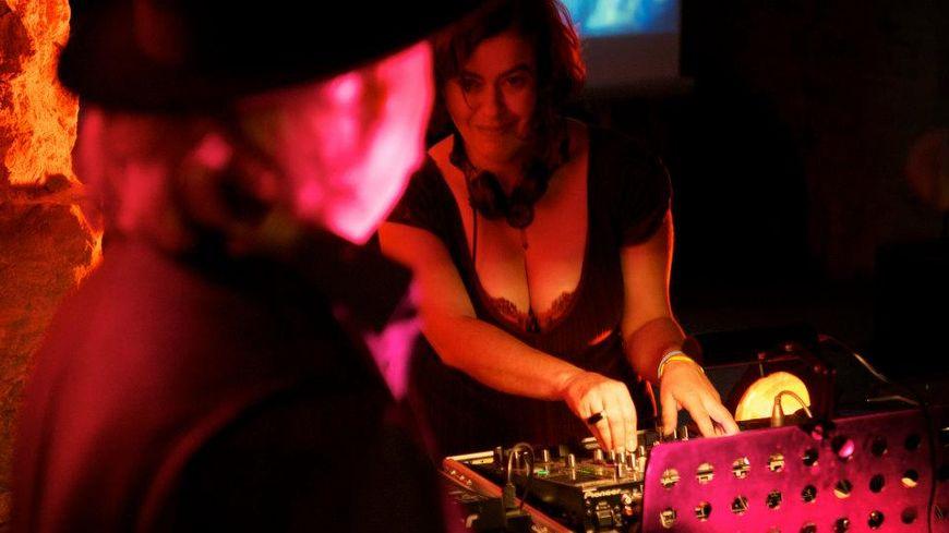 Yuna Le Braz, création Turbo sans Visa avec Erik Marchand