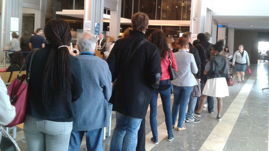 Dernier rush à la cité administrative de Bordeaux