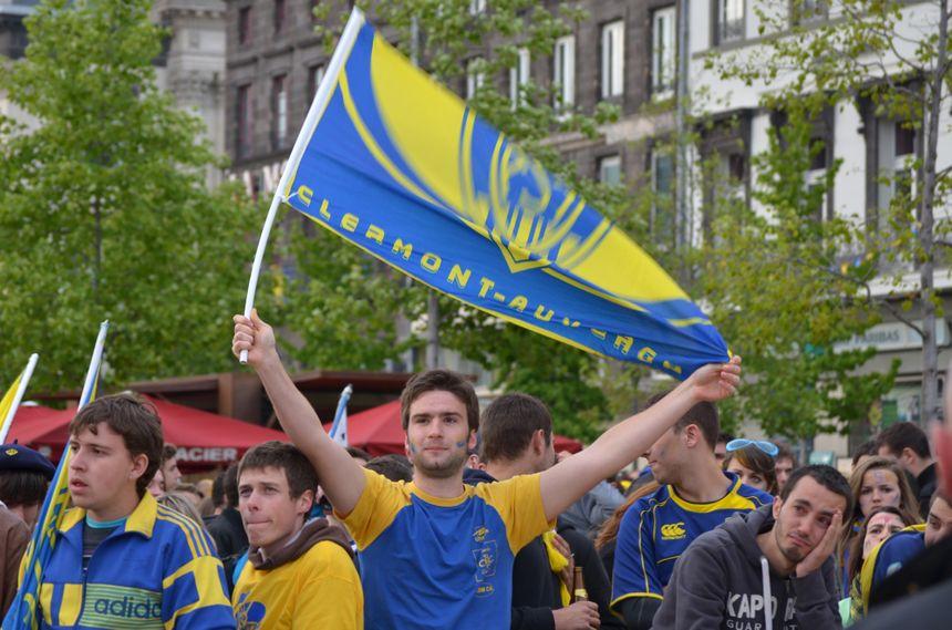 Malgré la déception, les supporters de l'ASM restent fiers de leur club. Et la saison n'est pas finie.